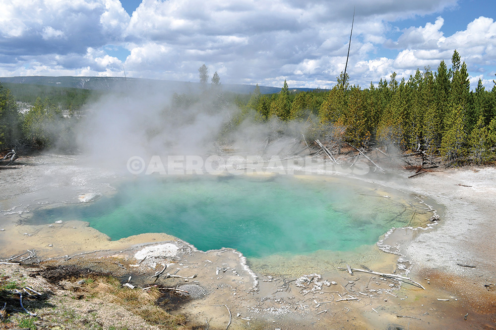Yellowstone Emerald Spring